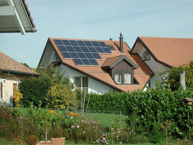 solstis le partenaire pour votre centrale solaire photovolta que en suisse romande maisons. Black Bedroom Furniture Sets. Home Design Ideas